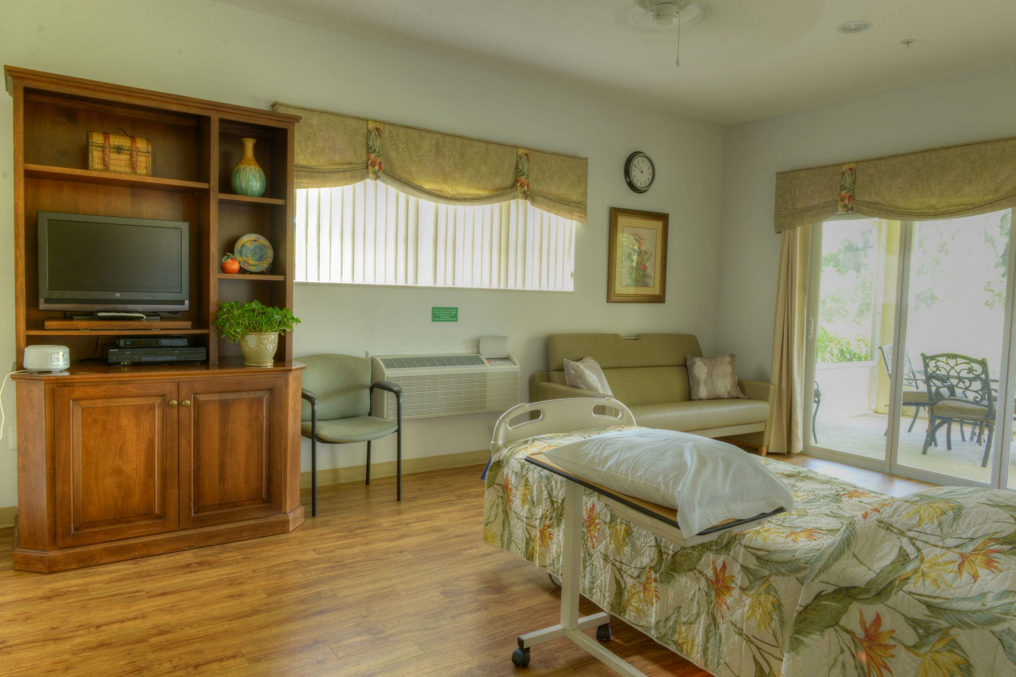 Inpatient Hospice Bedroom 1